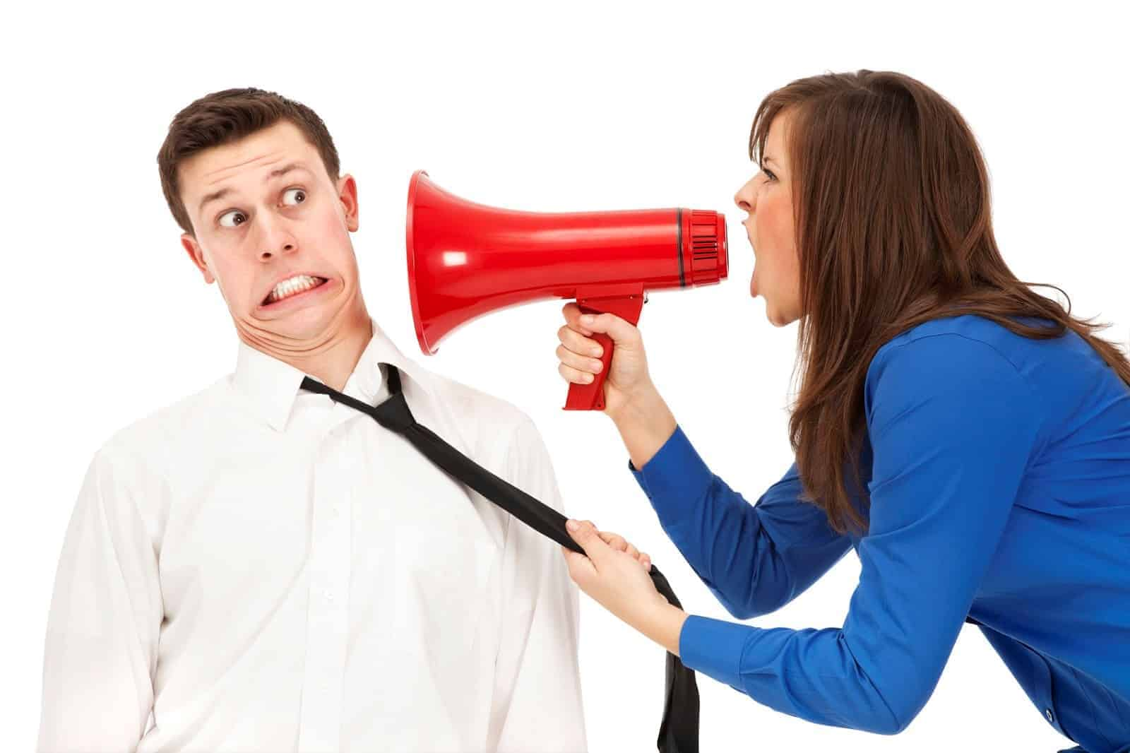 Office Queen Bees and How to Cope With Office Bullying